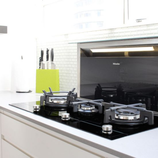 Town House Kitchen | Black Woodgrain Kitchen | Kitchen Auckland
